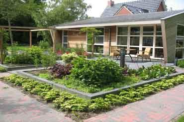 tuinontwerp, tuinaanleg en tuinonderhoud, hoveniersbedrijf geleen limburg
